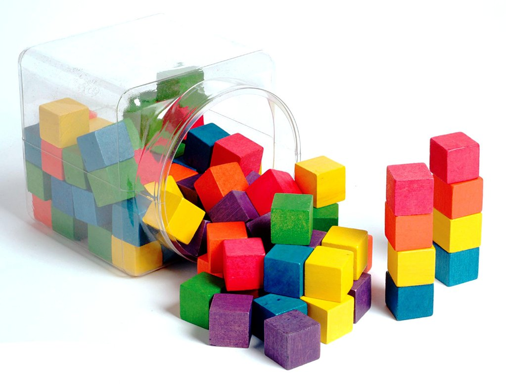 Gekleurde blokjes en activiteitenkaarten